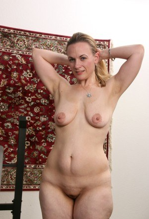 Pity, that Naked mature granny old pussy saggy tits photos